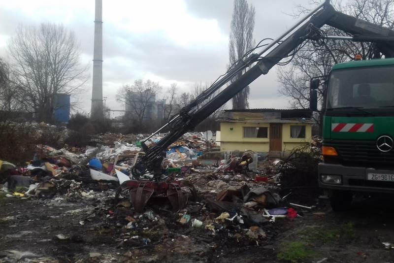 Sanacija ilegalnog odlagališta otpada uz jezera Savica