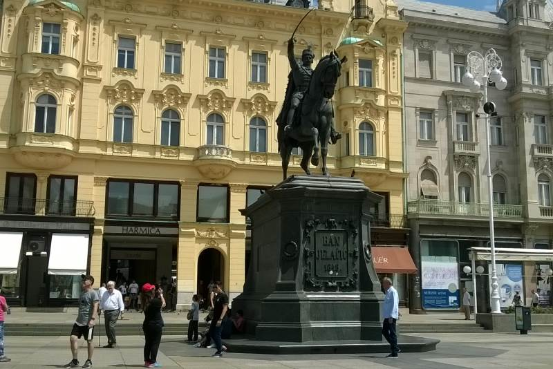Ban Josip Jelačić - Spomenik