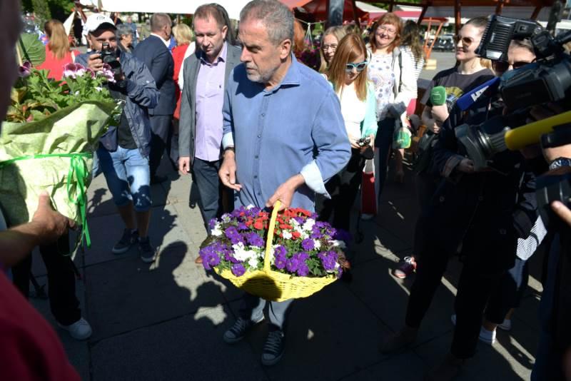 Dani cvijeća Grada Zagreba i Zagrebačke županije - Milan Bandić