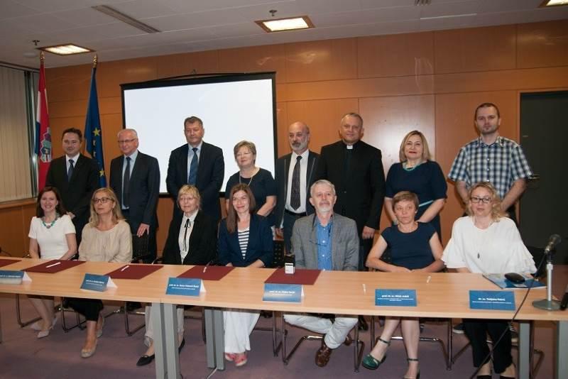 Potpisan Sporazum o suradnji na razvoju i održavanju Hrvatskog nacionalnog skupnog kataloga
