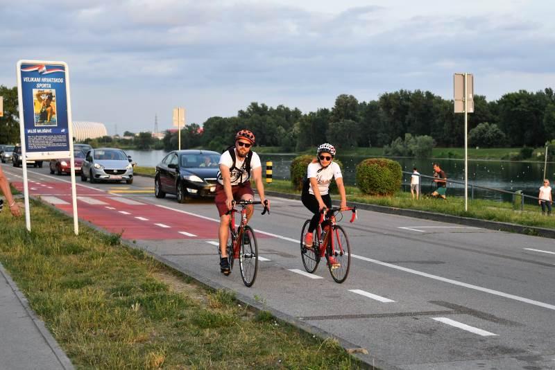 NOVA REGULACIJA PROMETA NA JARUNU: Biciklisti i roleri dobili nove staze