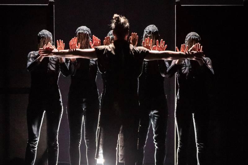 Dubrovačke ljetne igre - Bitef Dance Company izveo napetu plesnu predstavu 'Macbeth'
