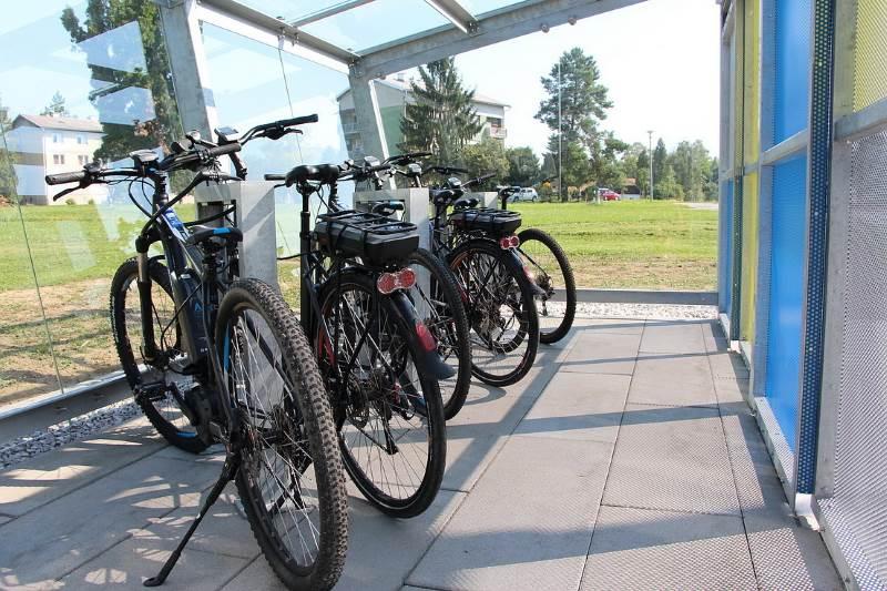 JASTREBARSKO: Otvorena prva garaža s javnim električnim biciklima izgrađena u Hrvatskoj