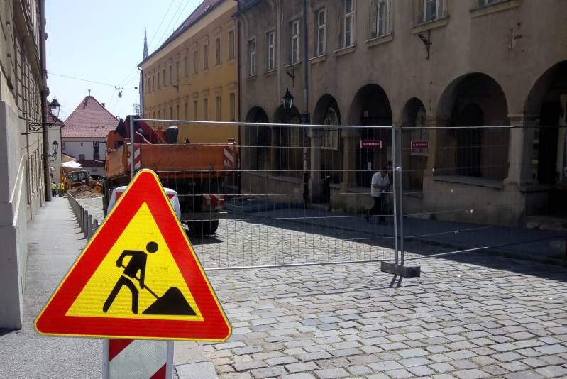 OBNAVLJA SE KAMENITA ULICA: Kamenita vrata zatvorena i za pješake tijekom prve faze radova
