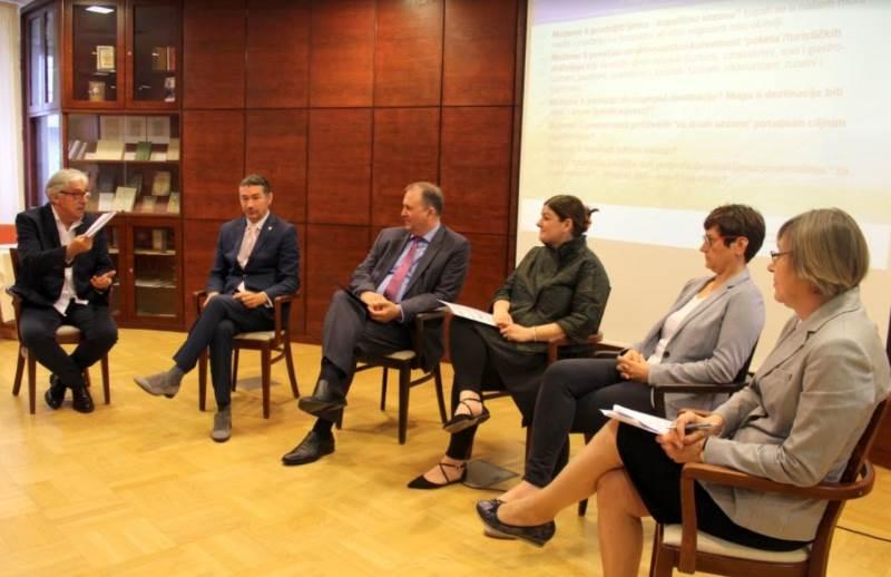 HKD Napredak: Rasprava o turizmu