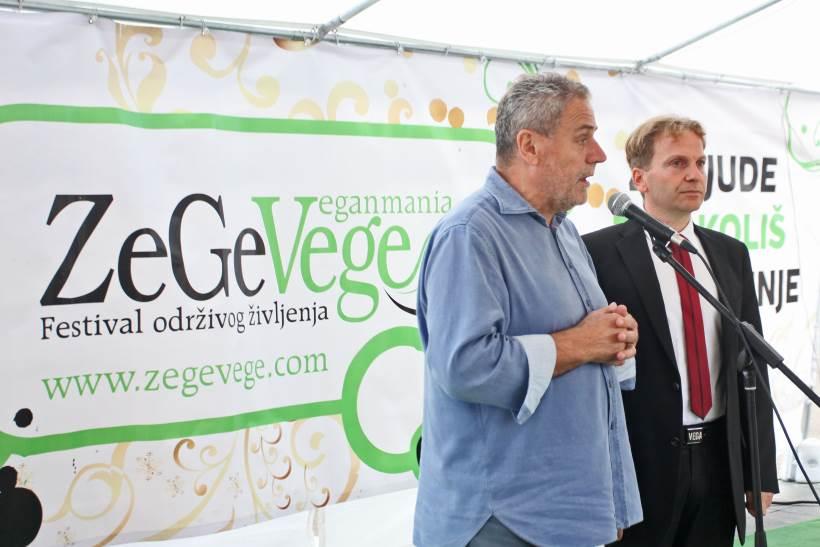 """BANDIĆ OTVORIO FESTIVAL I PORUČIO: """"Živite zdravo i barem jedanput tjedno budite vegani!"""""""