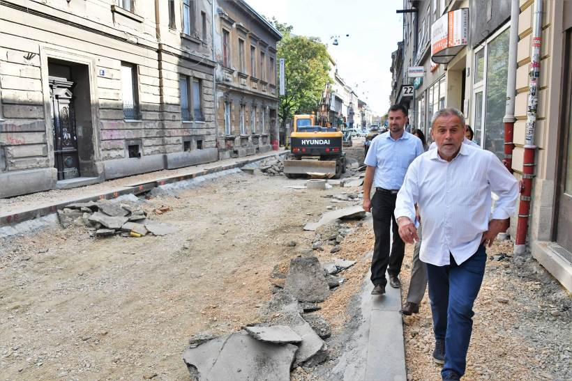 BANDIĆEVA 'INSPEKCIJA': Gradonačelnik obišao pet gradskih gradilišta