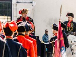 POGLEDAJTE KAKO JE BILO: Dani kravate - svečano otvaranje i Velika smjena straže [FOTO]