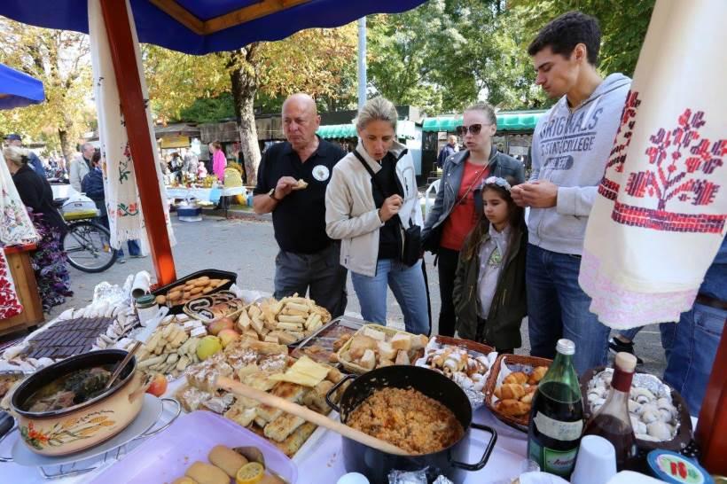 """""""Stara jela z Dugog Sela"""": Manifestacija koja promoviraju turizam i njeguju stare običaje"""