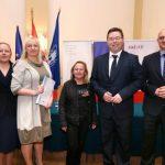 PROGRAM 'ZAŽELI': 3, 7 milijuna kuna za projekte Crvenog križa u Dugom Selu i Ivanić-Gradu