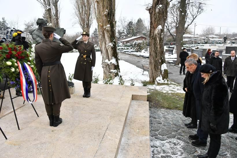 Izaslanstvo Grada Zagreba položilo vijenac u povodu Međunarodnog dana sjećanja na žrtve holokausta