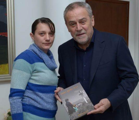 Bandić primio 'djevojčicu u plavom kaputiću' i obećao potporu projektu Kuća sjećanja u Vukovaru