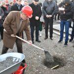 Bandić položio kamen temeljac za izgradnju Osnovne škole u Središću