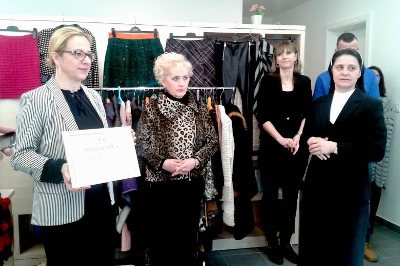 DONACIJA: Odjeća Kamenskog za mlade bez odgovarajuće roditeljske skrbi