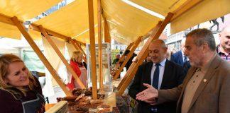 Na Trgu bana Jelačića otvorena manifestacija 'Domaće je domaće'