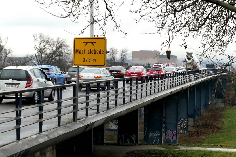 OD SUBOTE NOVE GUŽVE: Zbog sanacije Mosta slobode dio kolnika bit će zatvoren za promet
