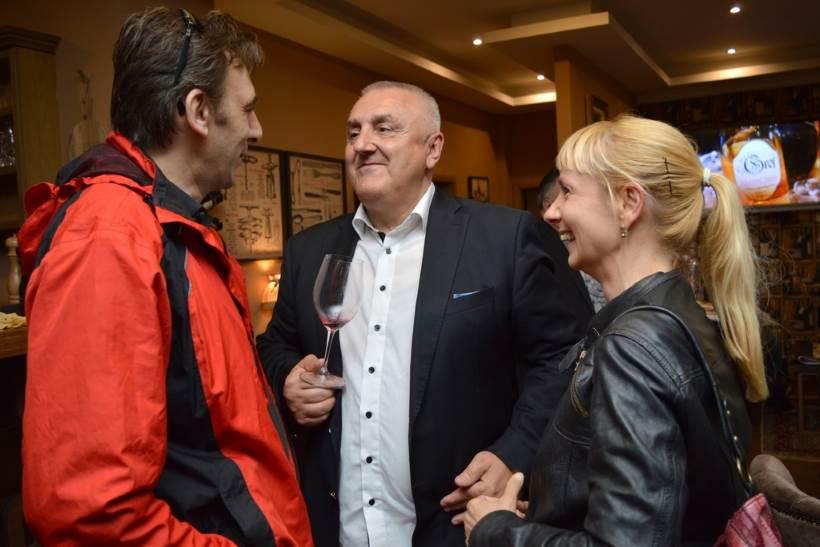 VINSKI RAZGOVORI: LegendarnI vinar Davor Zdjelarević predstavio kultna vina iz bogate riznice