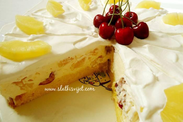 PRAVI PROLJETNI DESERT: Voćna torta od ananasa i trešanja