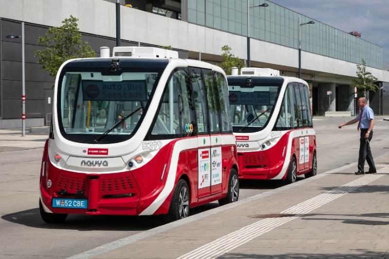 U Beču pušteni u promet prvi autobusi bez vozača, vožnja je besplatna!