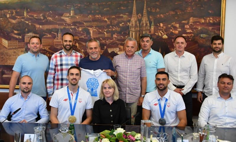 Bandić primio braću Kvesić, osvajače znatne i srebrne medalje na Europskim igrama