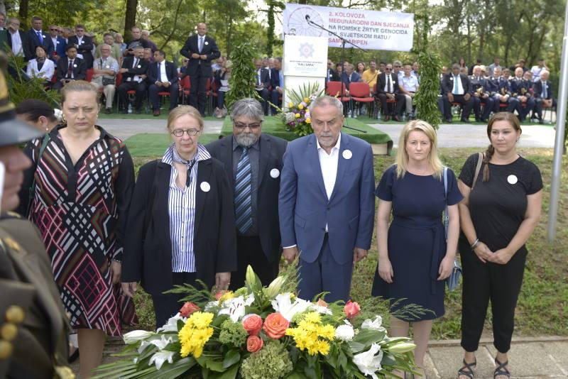 Bandić na komemoraciji romskim žrtvama genocida govorio i o spomeniku žrtvama Holokausta