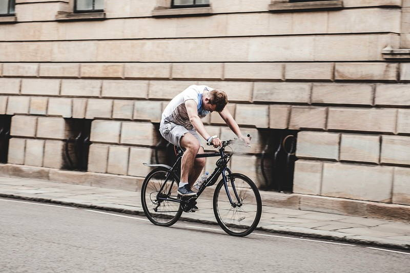 Katastrofalna biciklistička i pješačka nekultura u Zagrebu
