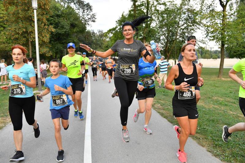 U subotu na Bundeku sjajna trkačka zabava - GRAWE noćni maraton