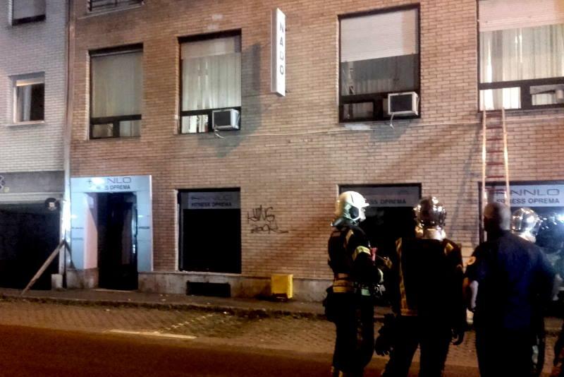 STANARI U PANICI: Napukao zid zgrade na Trešnjevci, sve službe izašle na teren