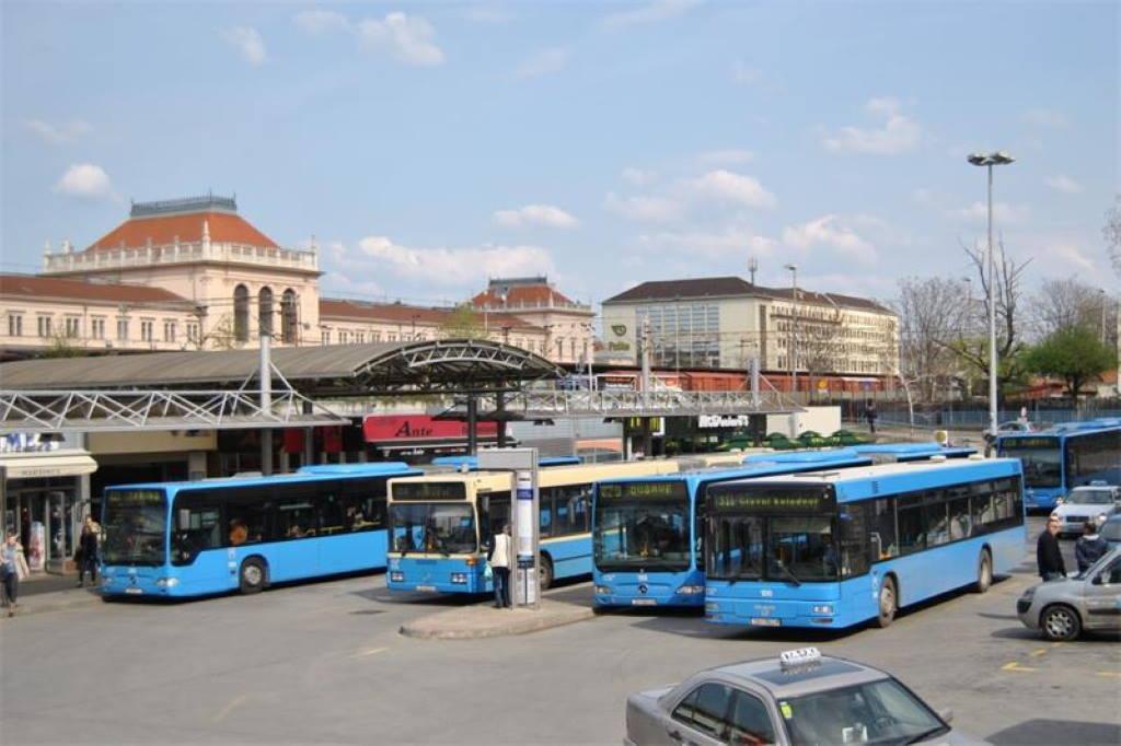OBAVIJEST IZ ZET-a: Auto utrka skreće 10 autobusih linija koji kreću s Glavnog kolodvora