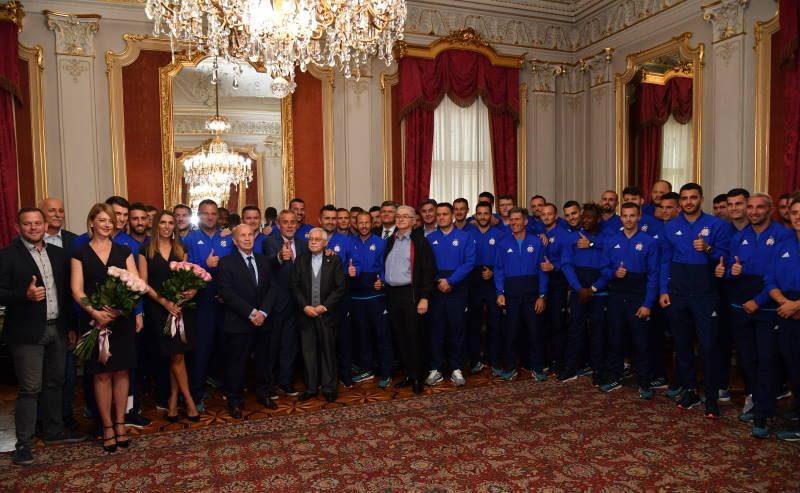 Milan Bandić primio stručni stožer i vodstvo Građanskog nogometnog kluba Dinamo
