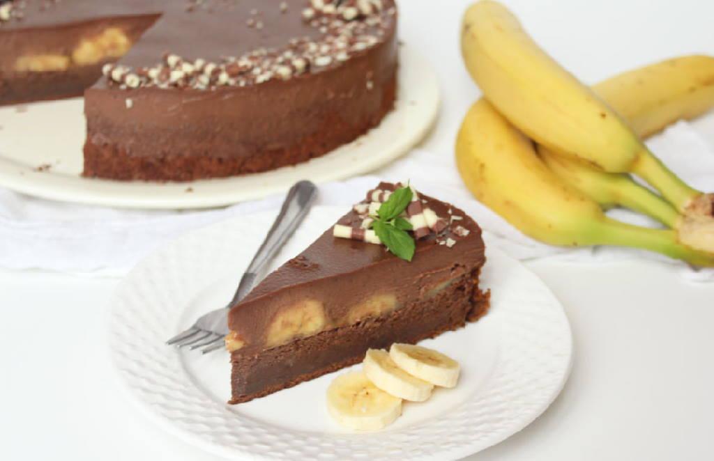 SAVRŠENA KOMBINACIJA: Čokoladna torta s karameliziranim bananama