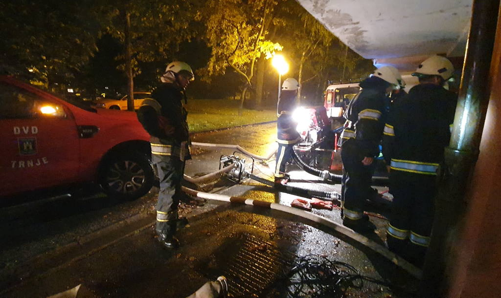 POŽAR I POPLAVE: Zagrebački vatrogasci noćas intervenirali više od 200 puta