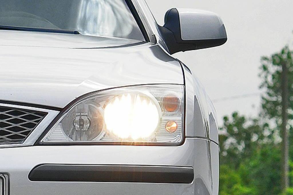 HAK PODSJEĆA: Uskoro stupa na snagu obveza vožnje s upaljenim svjetlima