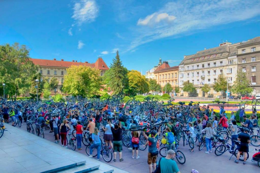 U nedjelju pred muzejom Mimara prosvjed biciklista