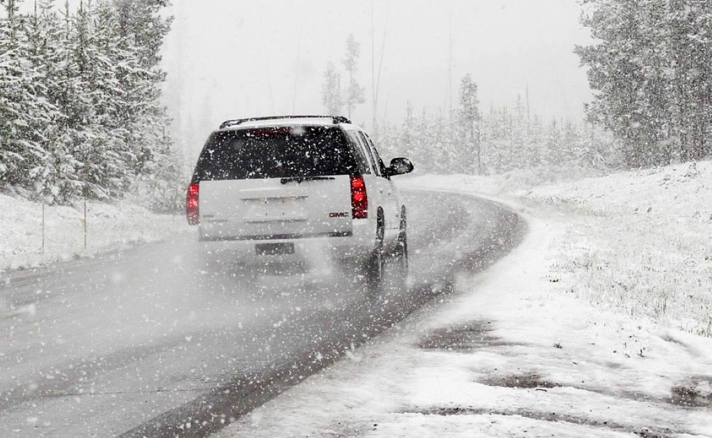 VAKULA UPOZORAVA: Stiže promjena vremena, bilo bi dobro staviti zimske gume i prije zakonske obaveze!