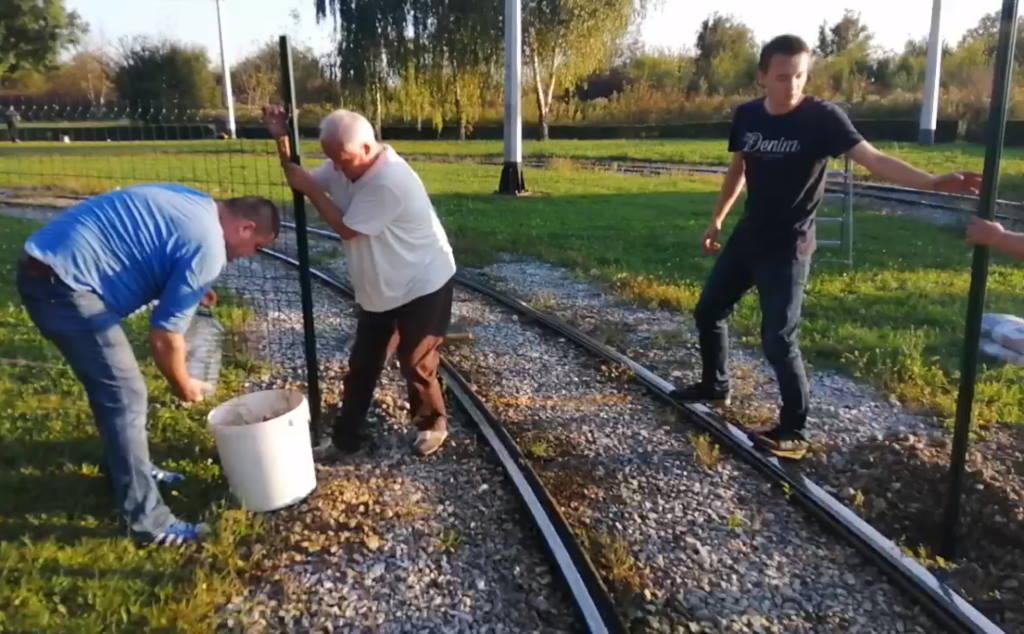 PREKIPJELO IM: Obitelj Maršanić metalnom ogradom zagradila okretište tramvaja