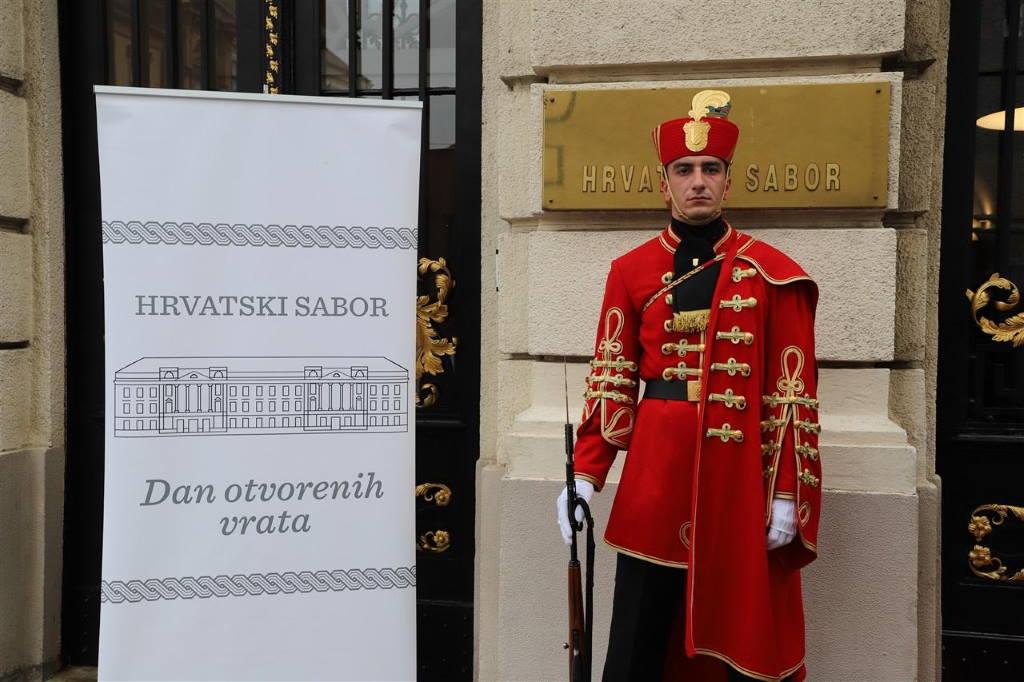 SABOR OTVARA VRATA GRAĐANIMA: Bez prethodne najave danas možete razgledati saborske dvorane