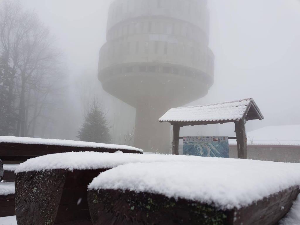 SLJEME SE ZABIJELILO: Danas je pao prvi ovosezonski snijeg! [Foto & VIDEO]