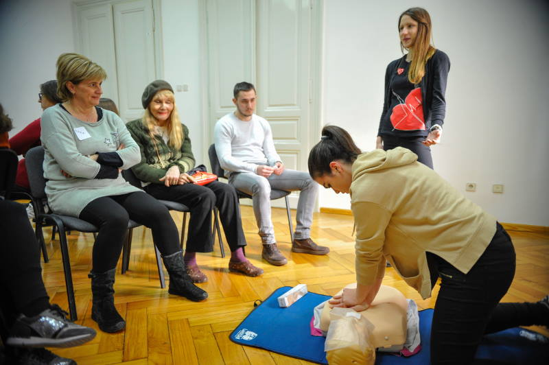 Zaklada 'Hrvatska kuća srca' poziva građane na besplatnu edukaciju o oživljavanju