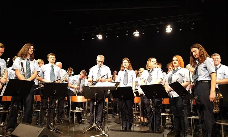 "Zagrebački orkestar ZET-a predstavio albuma sa skladbama iz kultnog filma ""Tko pjeva zlo ne misli"""