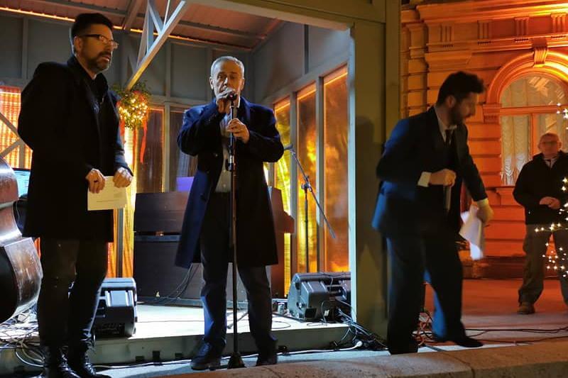 U povodu početka Adventa u Zagrebu gradonačelnik Bandić uputio je poruku građanima