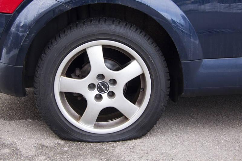 U dva dana na Jarunu izbušene gume na devet automobila