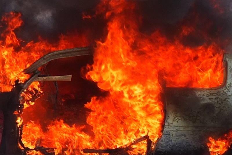 Požar na automobilu
