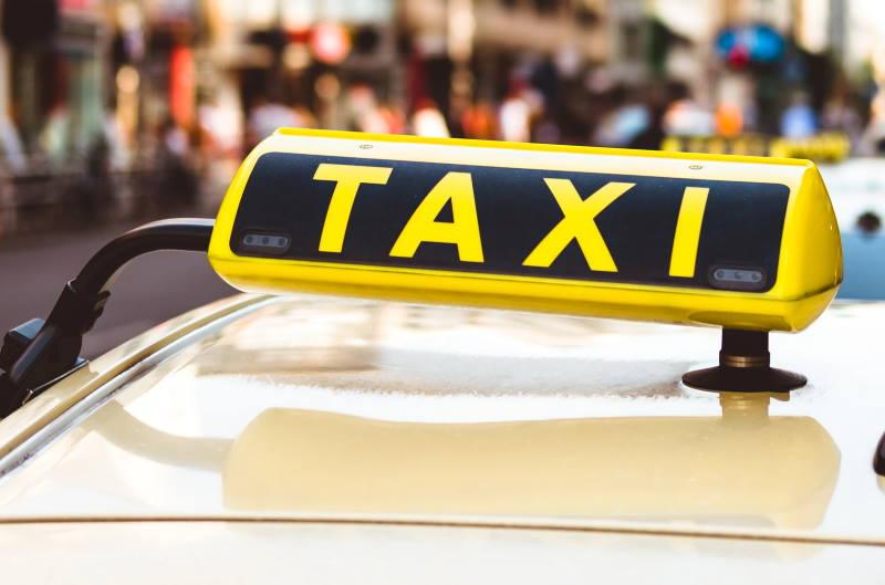 Zagrebački taksist u nedjelju proživio pravu dramu, tek se Slunju uspio obratiti policiji za pomoć