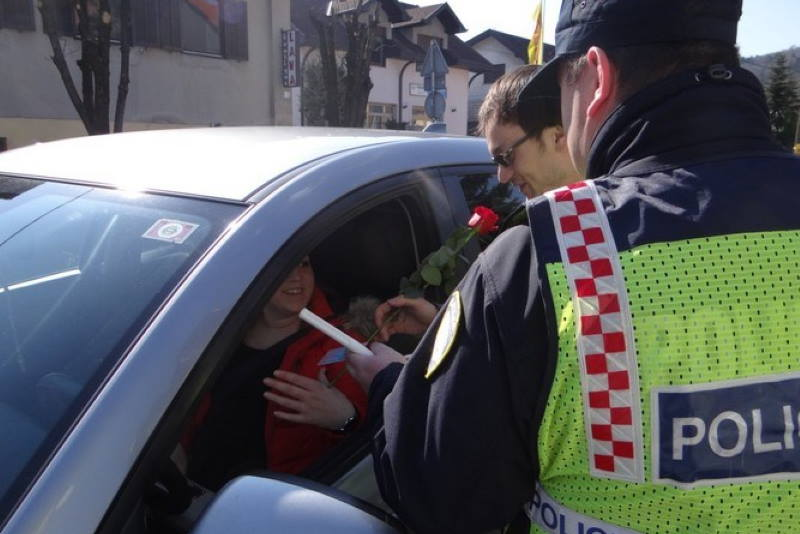 SAMOBOR: Policijska uprava zagrebačka ugodno iznenadila vozačice