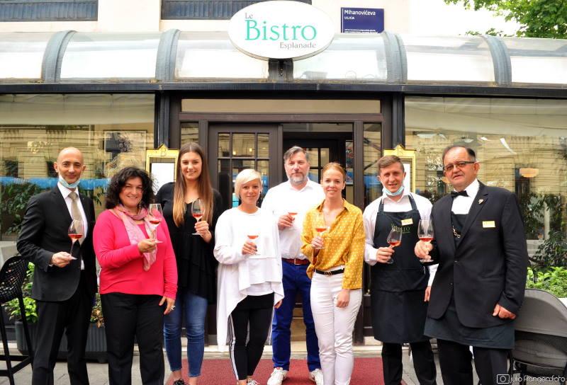 VINSKE ZVIJEZDE: Ružičasti pogled u čašu u hotelu Esplanade