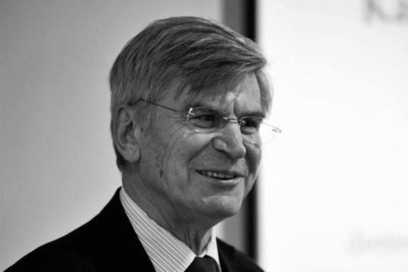 Preminuo je Filip Vučak, hrvatski veleposlanik u Francuskoj