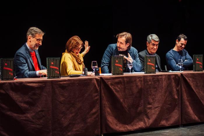 NAJIZVOĐENIJI HRVATSKI PISAC: Miro Gavran predstavio knjigu odabranih drama