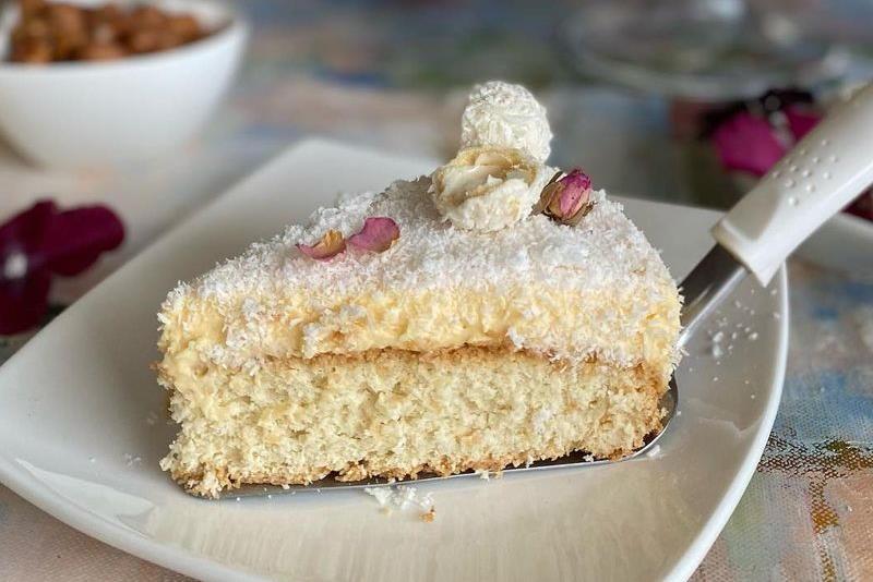 RAFFAELLO TORTA: Ako volite okus kokosa, ova torta je savršen izbor za vas!